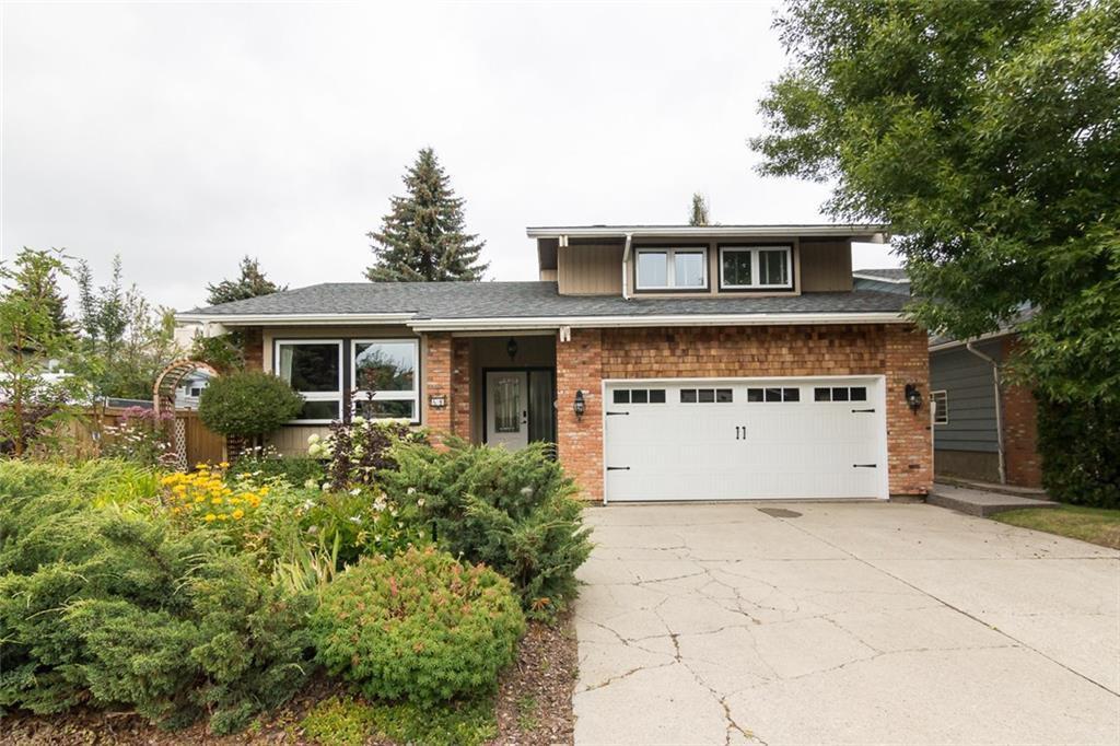 Main Photo: 60 DEERCREST Way SE in Calgary: Deer Ridge Detached for sale : MLS®# C4204356