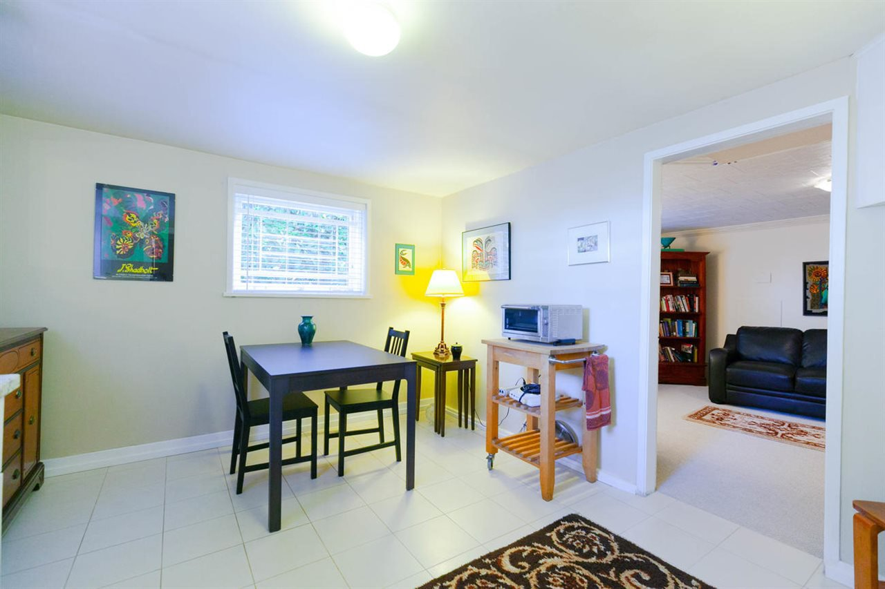 """Photo 12: Photos: 355 SHERBROOKE Street in New Westminster: Sapperton House for sale in """"Sapperton"""" : MLS®# R2332105"""