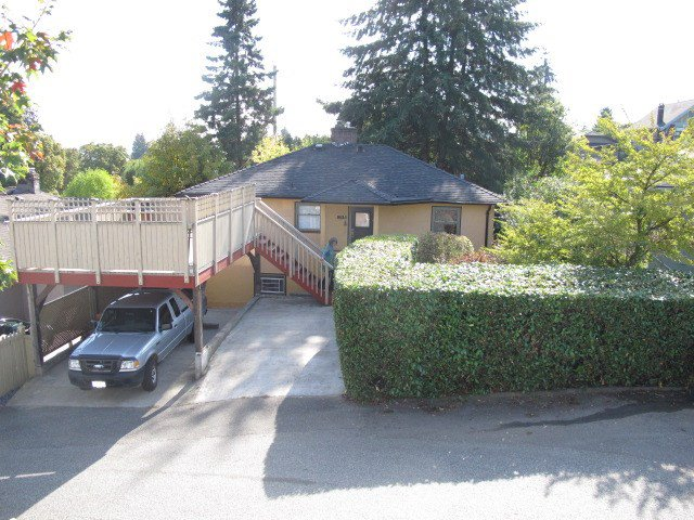 """Photo 19: Photos: 355 SHERBROOKE Street in New Westminster: Sapperton House for sale in """"Sapperton"""" : MLS®# R2332105"""