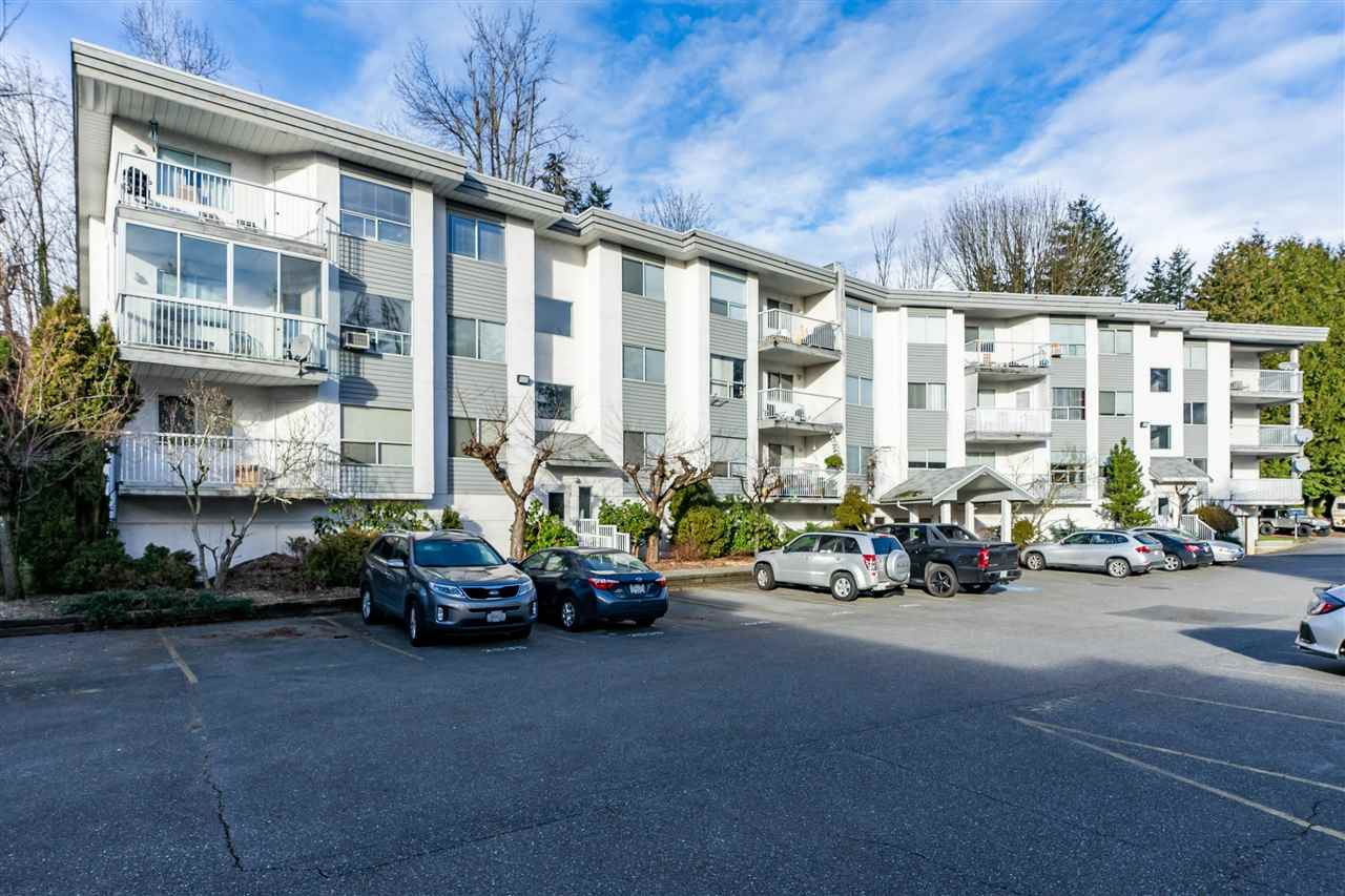 Main Photo: 306 2535 HILL-TOUT Street in Abbotsford: Abbotsford West Condo for sale : MLS®# R2337334