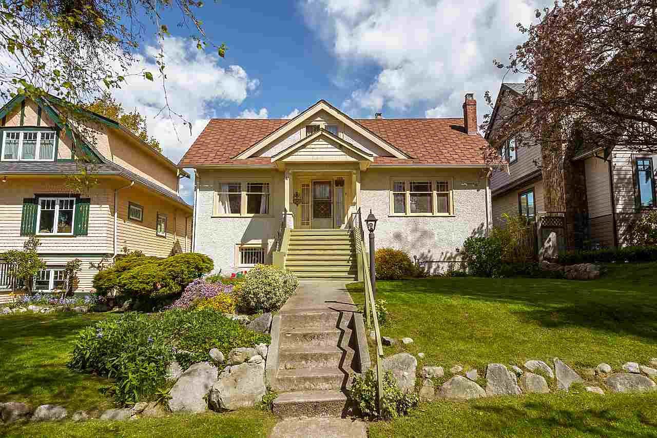 Main Photo: 3561 W 31ST Avenue in Vancouver: Dunbar House for sale (Vancouver West)  : MLS®# R2364505