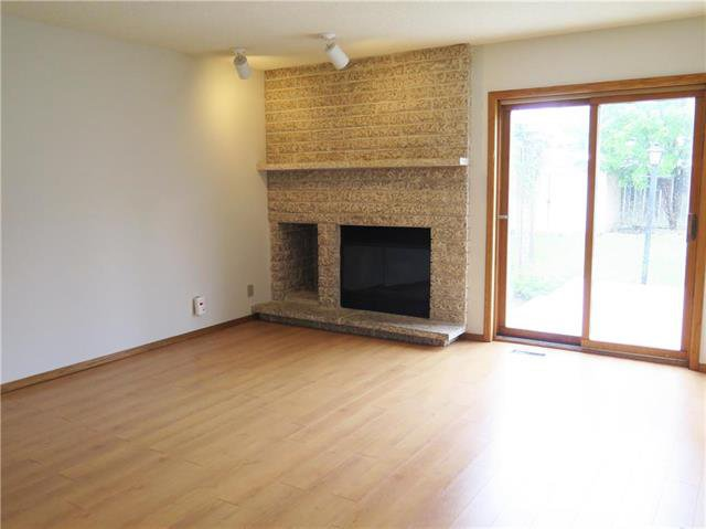 Photo 8: Photos: 18 Brixton Bay in Winnipeg: River Park South Residential for sale (2F)  : MLS®# 1914767