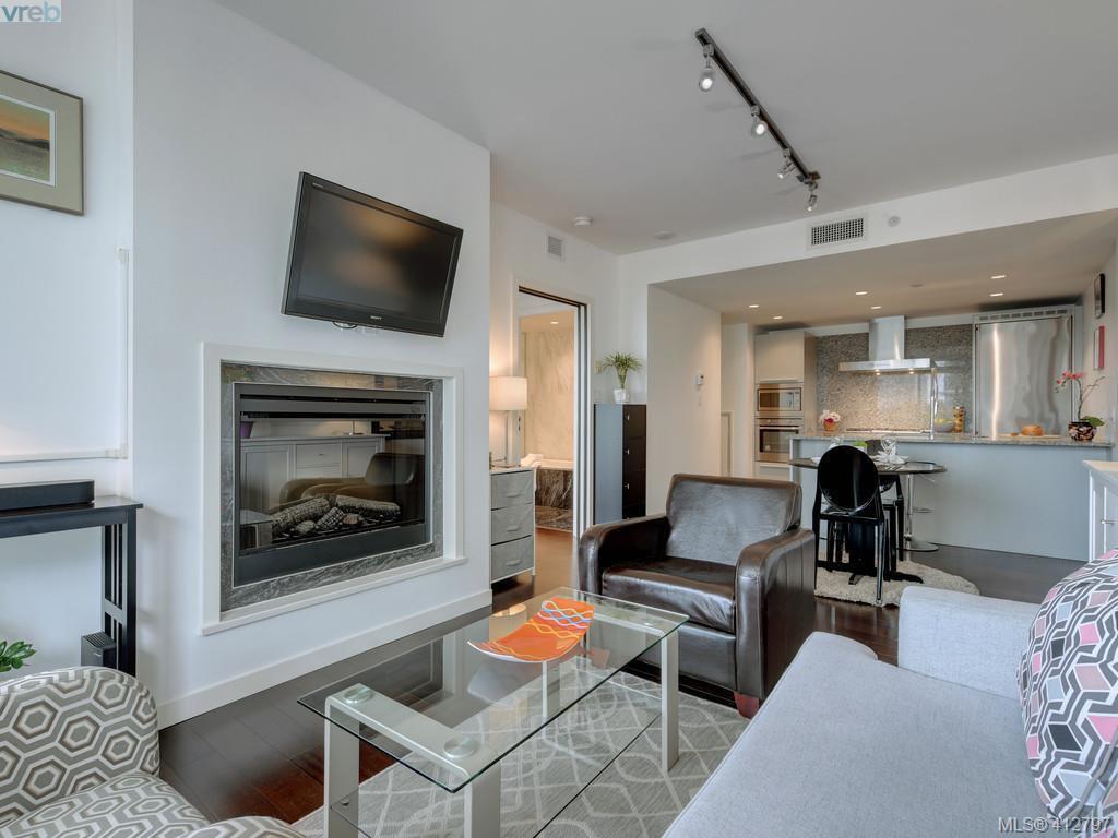 Main Photo: 504 708 Burdett Ave in VICTORIA: Vi Downtown Condo Apartment for sale (Victoria)  : MLS®# 818538