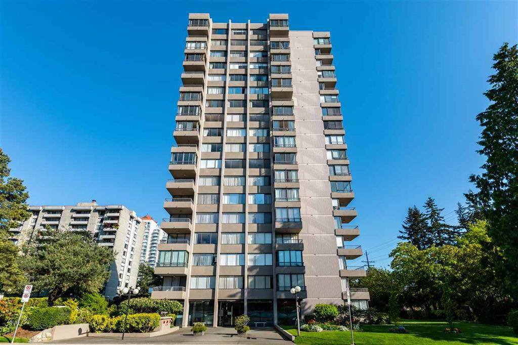 """Main Photo: #1601 740 HAMILTON Street in New Westminster: Uptown NW Condo for sale in """"THE STATESMAN"""" : MLS®# R2468214"""