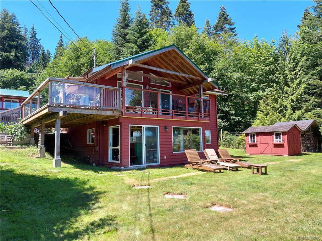 Main Photo: 144 Douglas Rd in Salt Spring: GI Salt Spring House for sale (Gulf Islands)  : MLS®# 843250