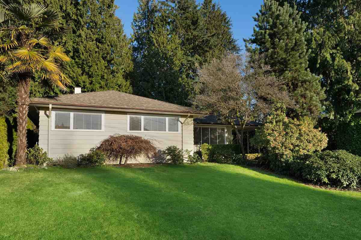 Main Photo: 3950 TRENTON Place in North Vancouver: Forest Hills NV House for sale : MLS®# R2481931
