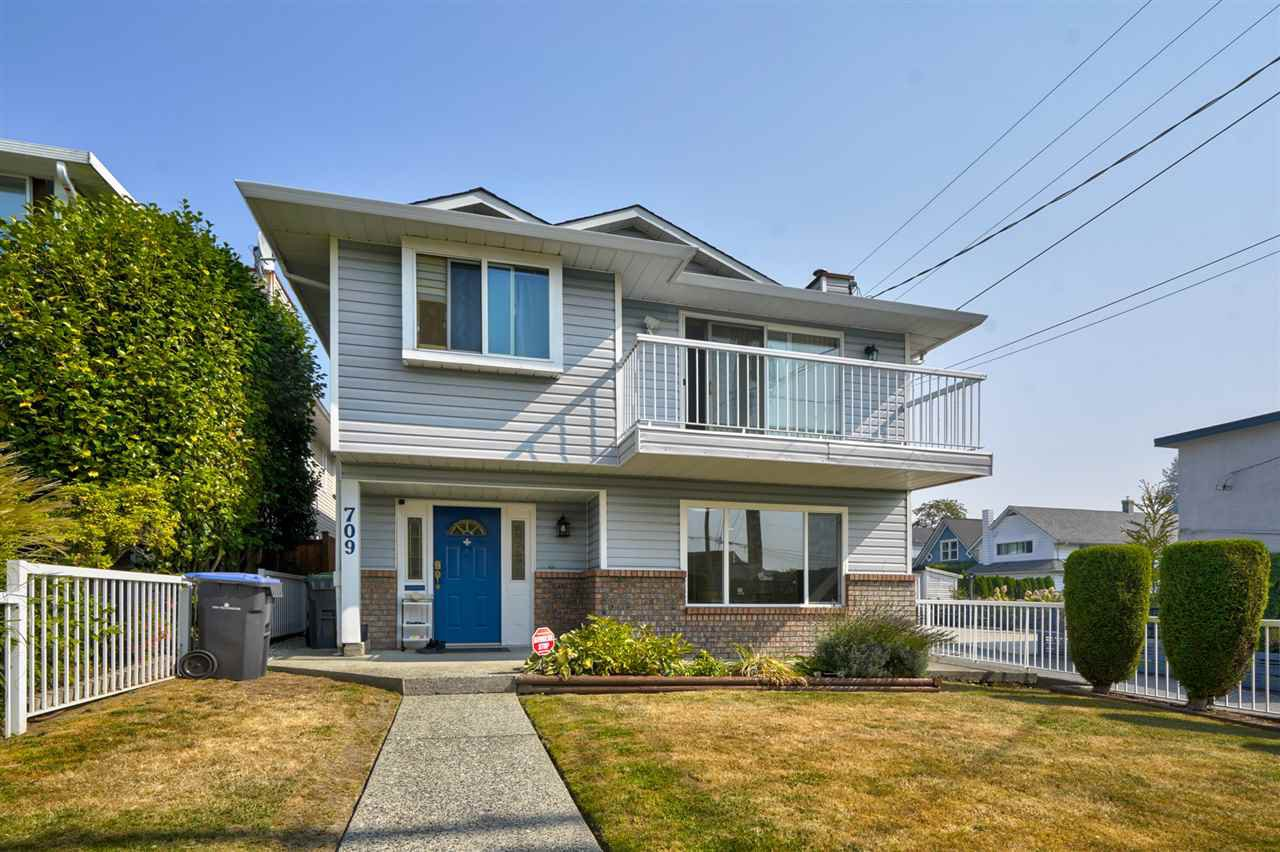 Main Photo: 709 THIRTEENTH Street in New Westminster: West End NW House for sale : MLS®# R2496798