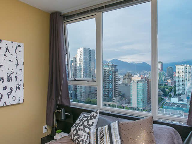 """Photo 7: Photos: 2705 928 BEATTY Street in Vancouver: Yaletown Condo for sale in """"THE MAX"""" (Vancouver West)  : MLS®# V1125500"""
