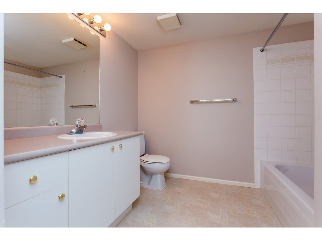 "Photo 6: Photos: 114 27358 32ND Avenue in Langley: Aldergrove Langley Condo for sale in ""Willow Creek"" : MLS®# R2112744"