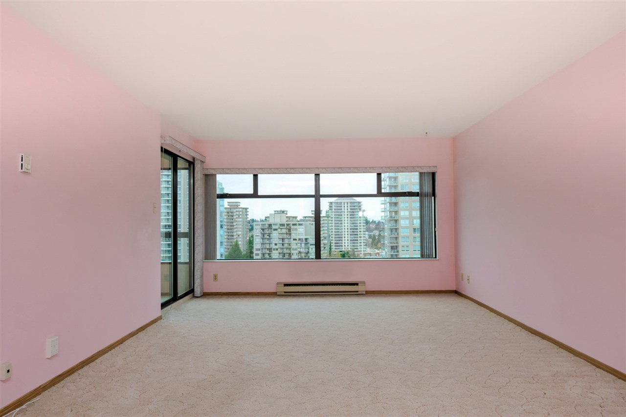 "Main Photo: 1205 615 BELMONT Street in New Westminster: Uptown NW Condo for sale in ""BELMONT TOWERS"" : MLS®# R2125332"