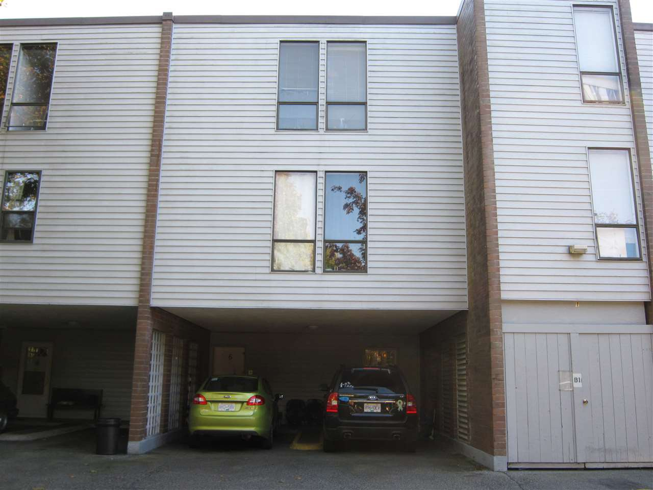 Main Photo: 5 10200 4TH AVENUE in : Steveston North Townhouse for sale : MLS®# R2114159