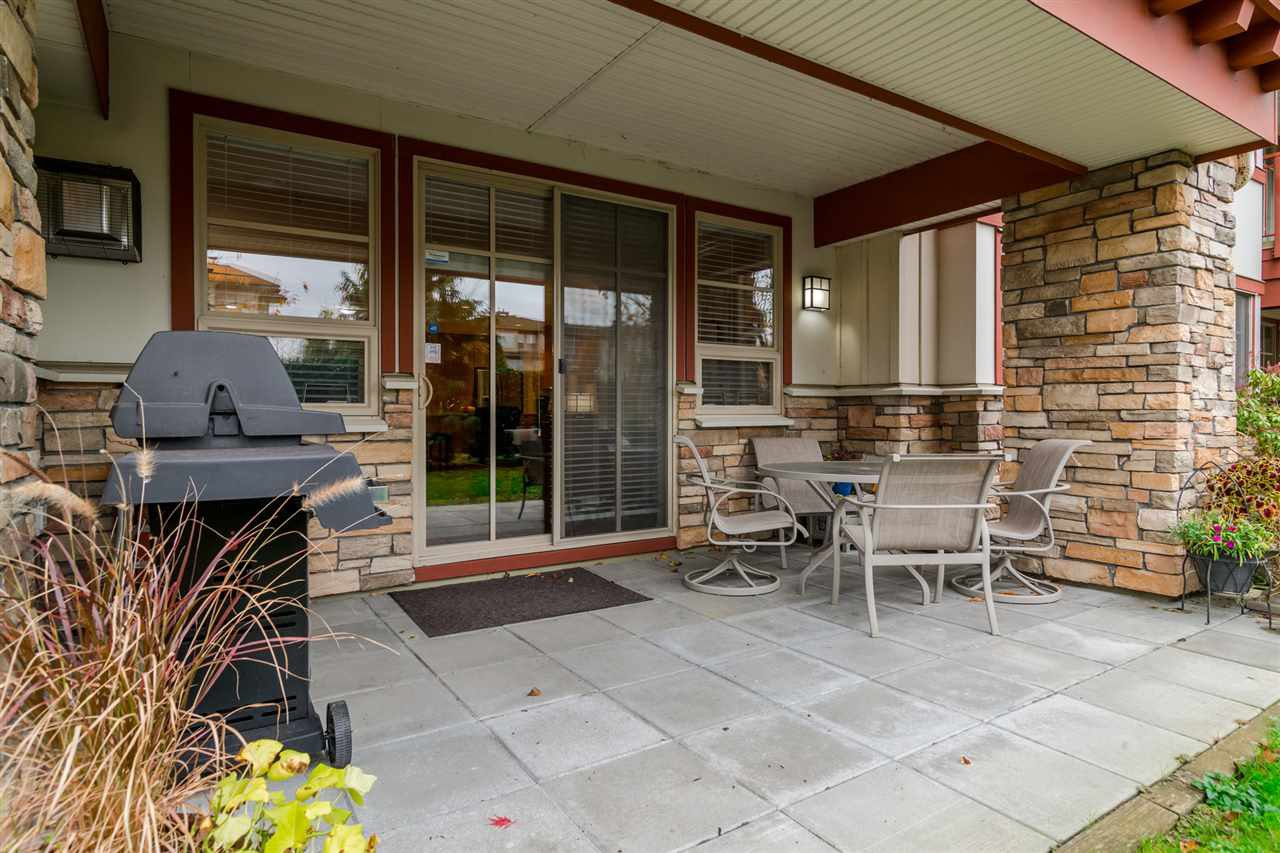 """Photo 15: Photos: 101 16499 64 Avenue in Surrey: Cloverdale BC Condo for sale in """"ST. ANDREWS At Northview"""" (Cloverdale)  : MLS®# R2133630"""