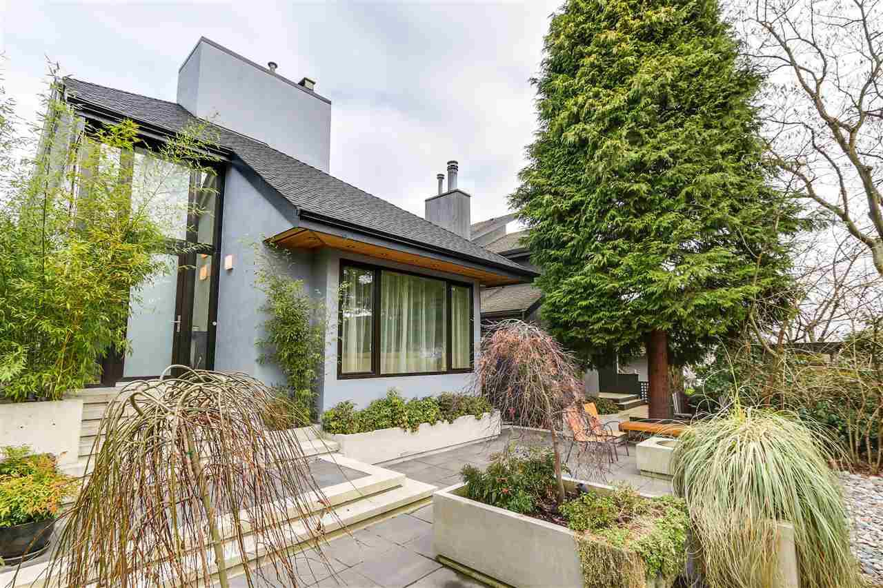 "Main Photo: 3465 W 30TH Avenue in Vancouver: Dunbar House for sale in ""Dunbar"" (Vancouver West)  : MLS®# R2134908"
