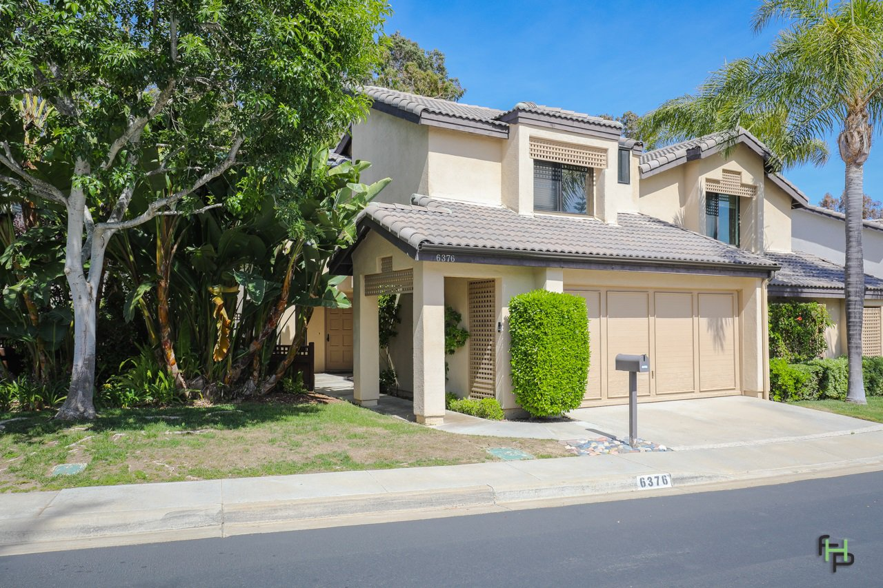 Main Photo: SAN DIEGO Townhome for sale : 3 bedrooms : 6376 Caminito Del Pastel