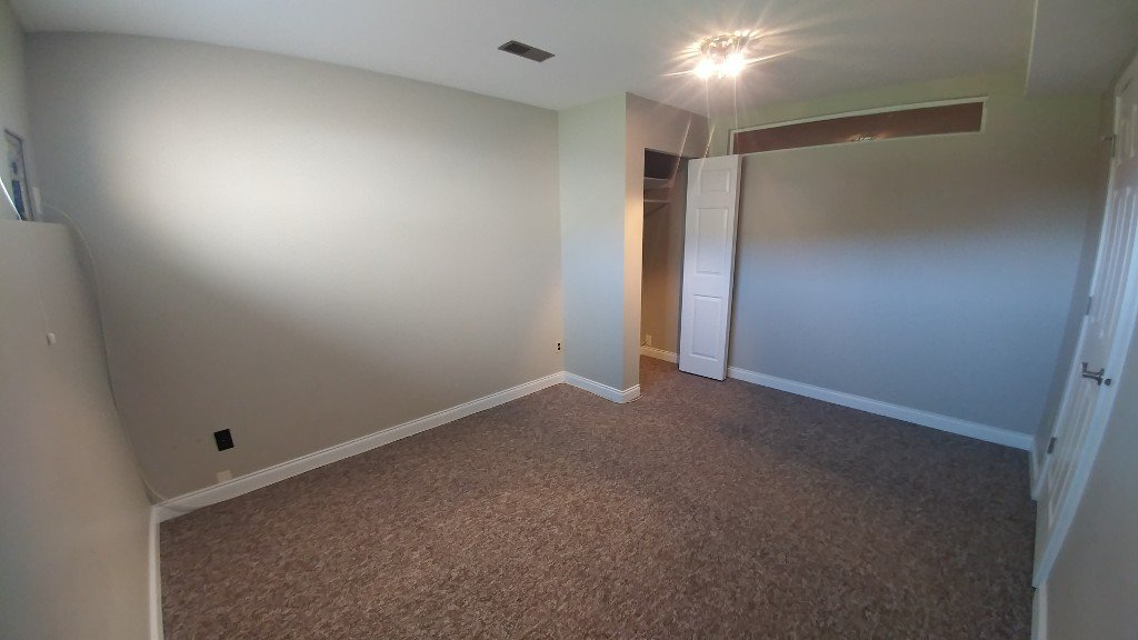 Photo 3: Photos: 7618 Eider St BSMT in Mission: Condo for rent