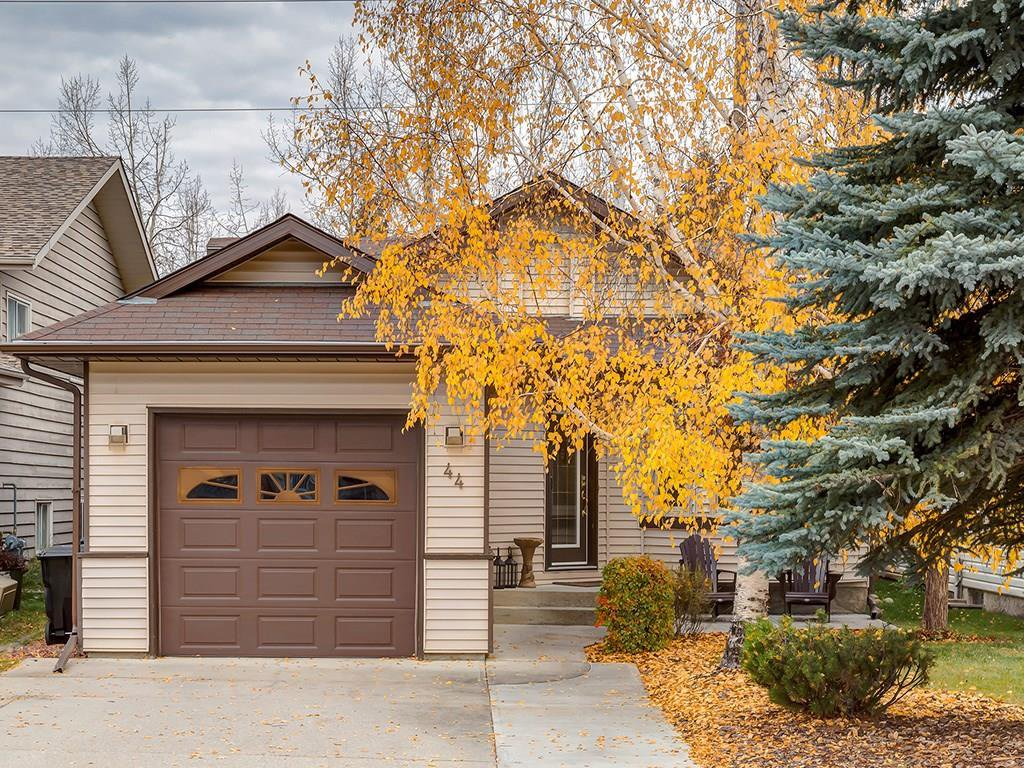 Main Photo: 44 Shawinigan Rise SW in Calgary: Shaughnessy House for sale : MLS®# C4085741