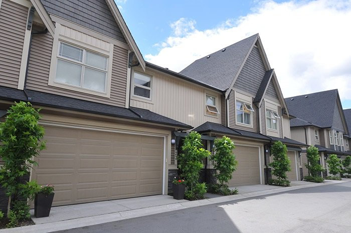 "Main Photo: 23 19095 MITCHELL Road in Pitt Meadows: Central Meadows Townhouse for sale in ""BROGDEN BROWN"" : MLS®# R2180614"