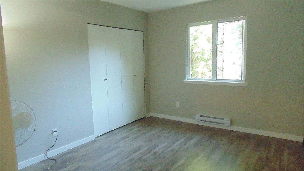 "Photo 7: Photos: 308 7175 134 Street in Surrey: West Newton Condo for sale in ""Sherwood Manor"" : MLS®# R2186794"