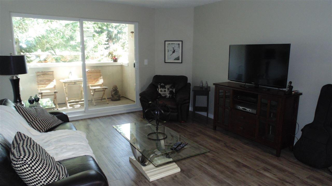 "Photo 3: Photos: 308 7175 134 Street in Surrey: West Newton Condo for sale in ""Sherwood Manor"" : MLS®# R2186794"
