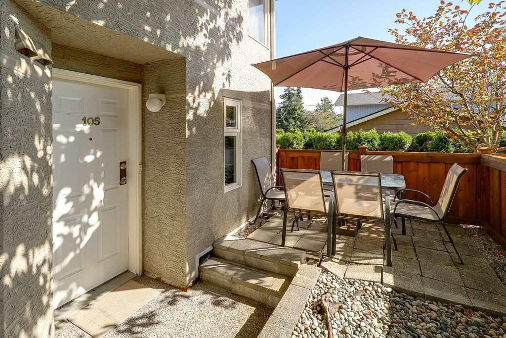"Main Photo: 105 1570 PRAIRIE Avenue in Port Coquitlam: Glenwood PQ Townhouse for sale in ""VIOLAS ON PRAIRIE"" : MLS®# R2208518"