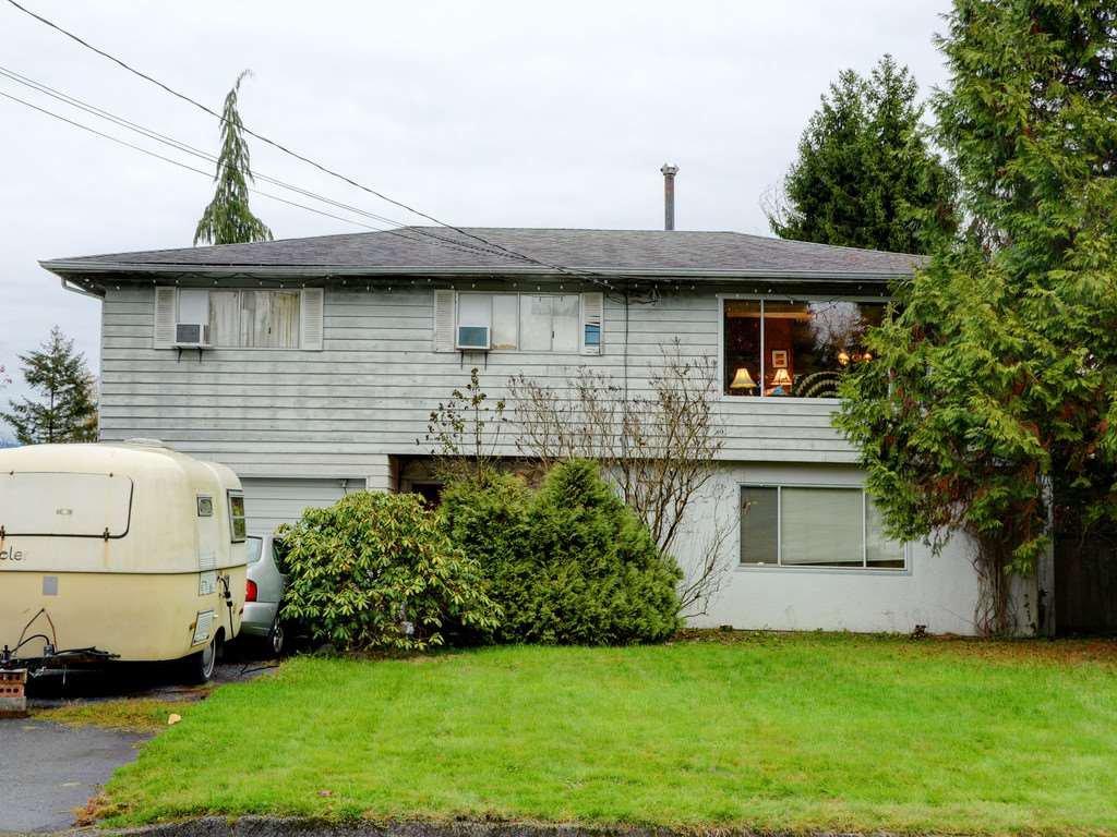 Main Photo: 3944 HAMILTON Street in Port Coquitlam: Lincoln Park PQ House for sale : MLS®# R2222336
