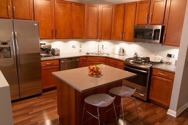 Photo 3: Photos: 656 Pearson Street Unit 503: Des Plaines Condo, Co-op, Townhome for sale ()  : MLS®# 10026997