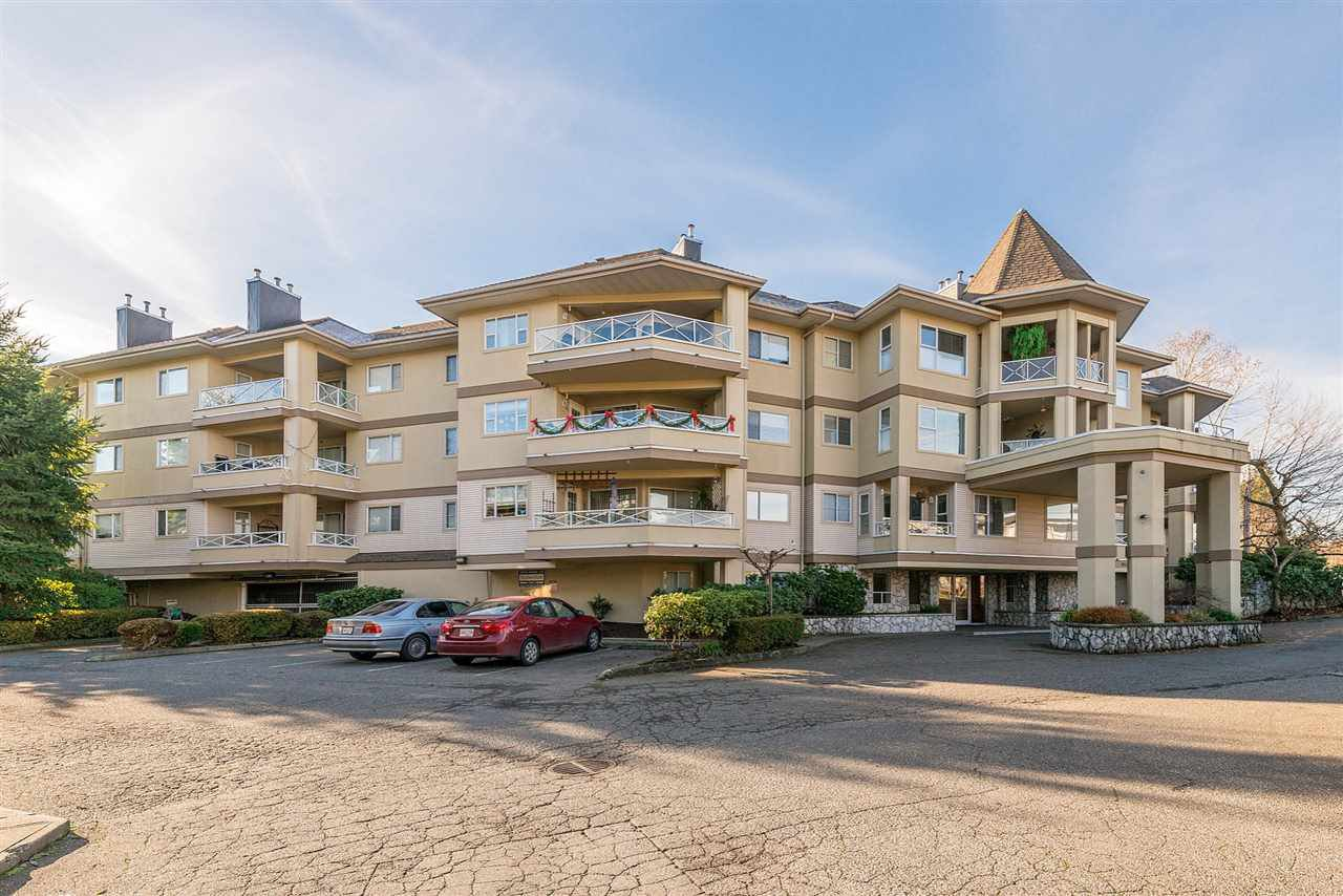 "Main Photo: 213 20120 56 Avenue in Langley: Langley City Condo for sale in ""Black Berry Lane 1"" : MLS®# R2326828"