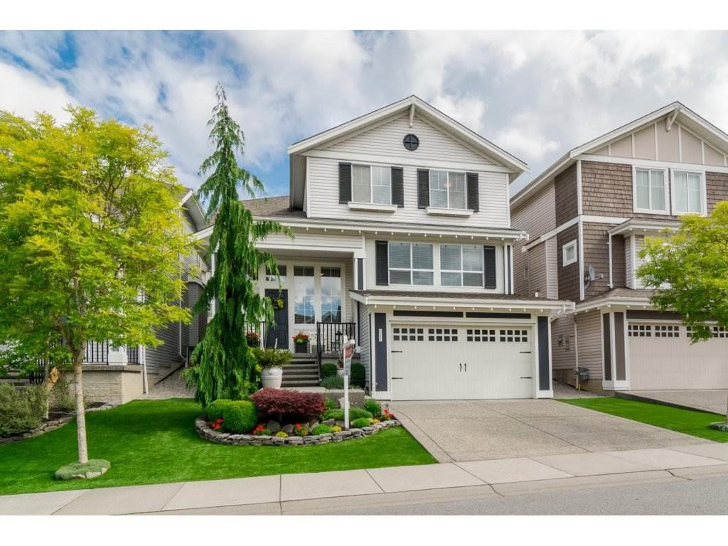 """Main Photo: 20141 68A Avenue in Langley: Willoughby Heights House for sale in """"Woodbridge"""" : MLS®# R2354583"""
