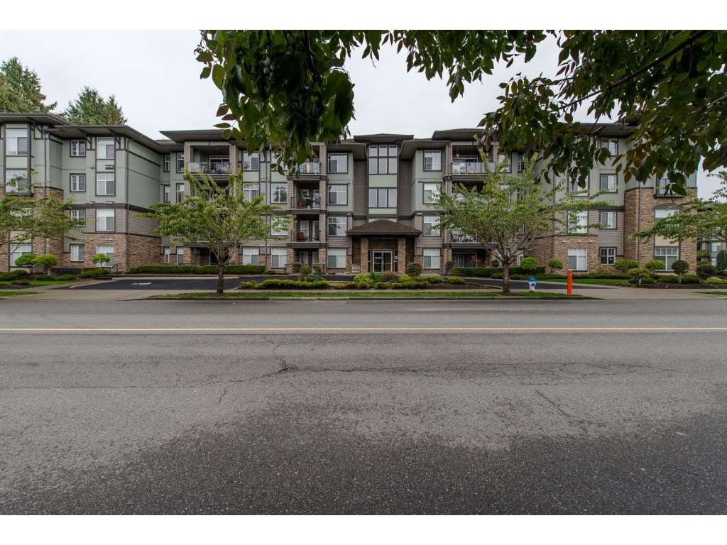 "Main Photo: 408 33338 MAYFAIR Avenue in Abbotsford: Central Abbotsford Condo for sale in ""The Sterling"" : MLS®# R2358359"