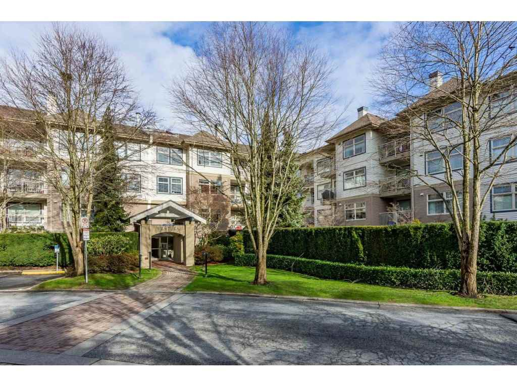 "Main Photo: 415 15210 GUILDFORD Drive in Surrey: Guildford Condo for sale in ""Boulevard Club"" (North Surrey)  : MLS®# R2433481"