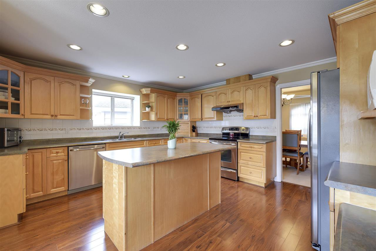 Main Photo: 6308 49 AVENUE in Ladner: Holly House for sale ()  : MLS®# R2150054