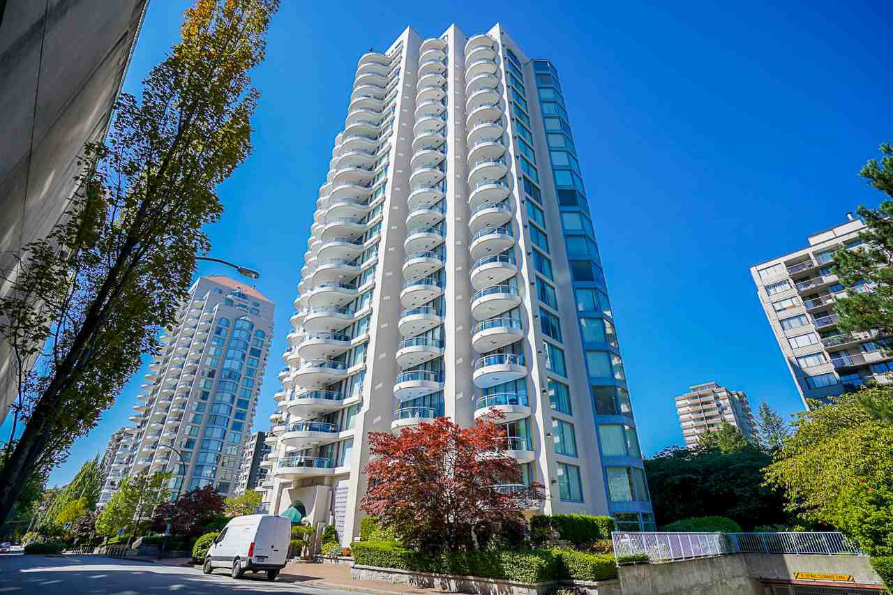 "Main Photo: 403 719 PRINCESS Street in New Westminster: Uptown NW Condo for sale in ""Stirling Place"" : MLS®# R2492631"