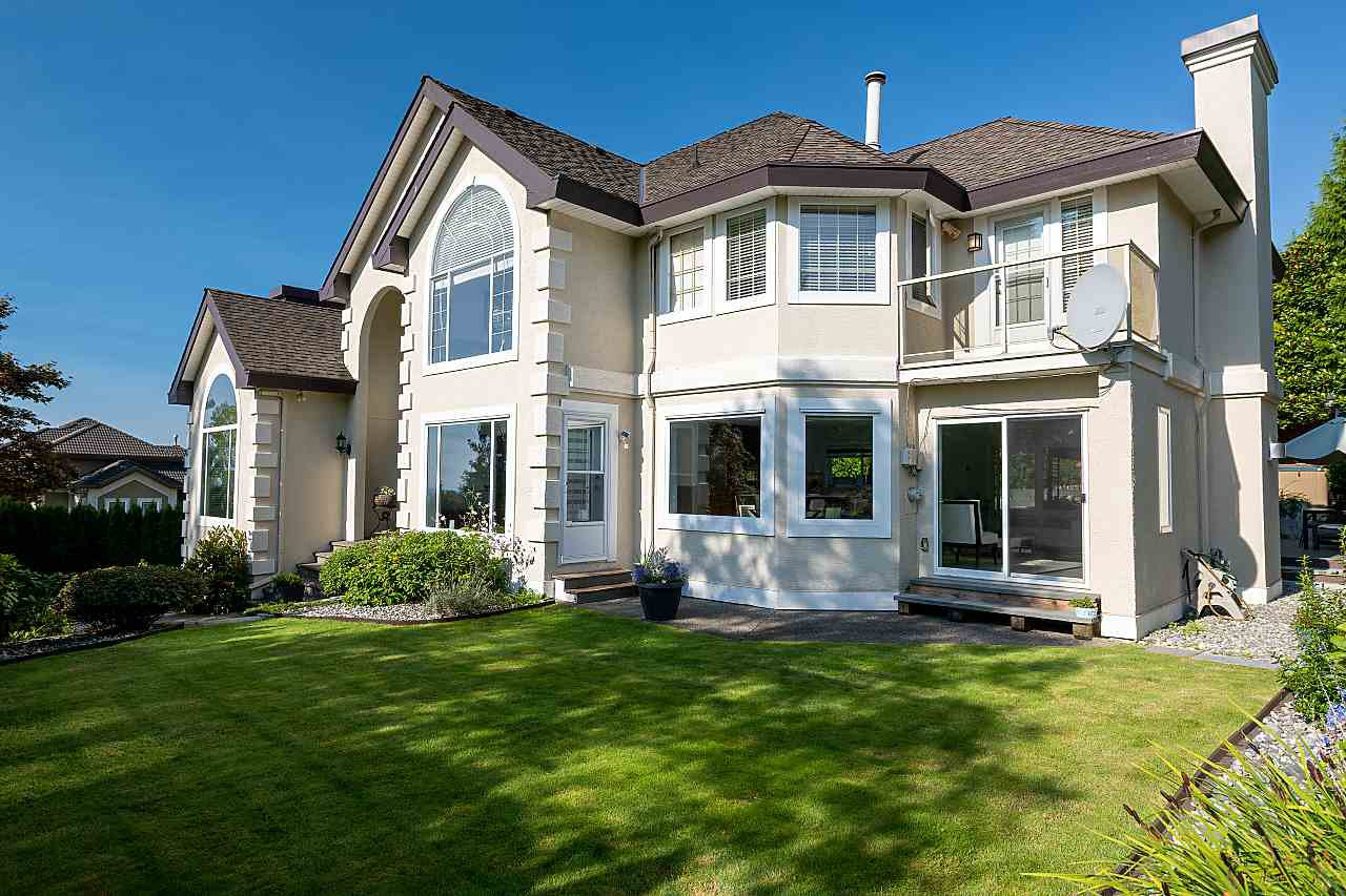 Main Photo: 1532 PARKWAY Boulevard in Coquitlam: Westwood Plateau House for sale : MLS®# R2519032