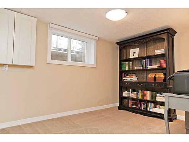Photo 18: Photos: 55 HAYSBORO Crescent SW in CALGARY: Haysboro Residential Detached Single Family for sale (Calgary)  : MLS®# C3614600