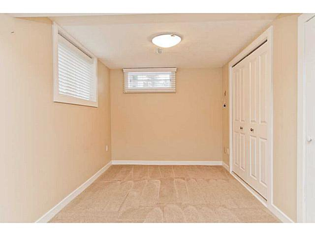 Photo 19: Photos: 55 HAYSBORO Crescent SW in CALGARY: Haysboro Residential Detached Single Family for sale (Calgary)  : MLS®# C3614600