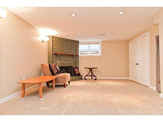 Photo 17: Photos: 55 HAYSBORO Crescent SW in CALGARY: Haysboro Residential Detached Single Family for sale (Calgary)  : MLS®# C3614600