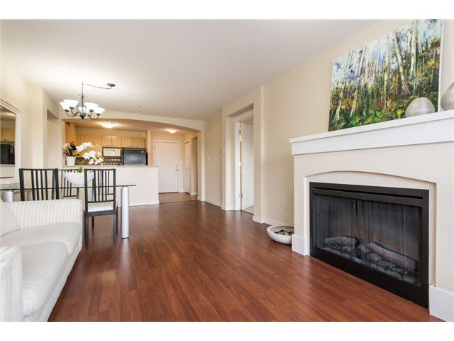 Main Photo: 312 2958 SILVER SPRINGS Boulevard in Coquitlam: Westwood Plateau Condo for sale : MLS®# V1107340