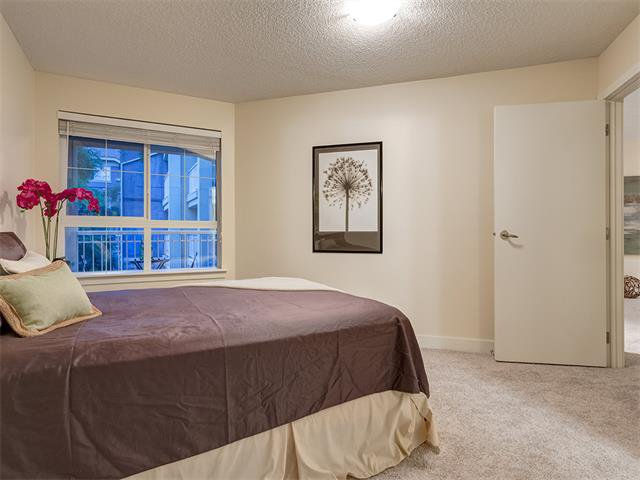Photo 16: Photos: 224 35 RICHARD Court SW in Calgary: Lincoln Park Condo for sale : MLS®# C4021512