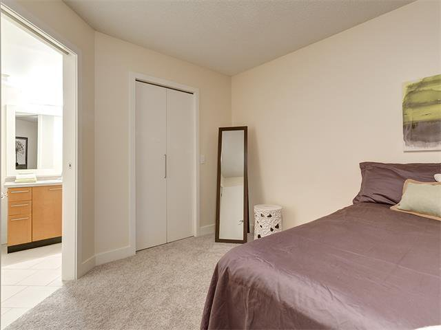 Photo 17: Photos: 224 35 RICHARD Court SW in Calgary: Lincoln Park Condo for sale : MLS®# C4021512