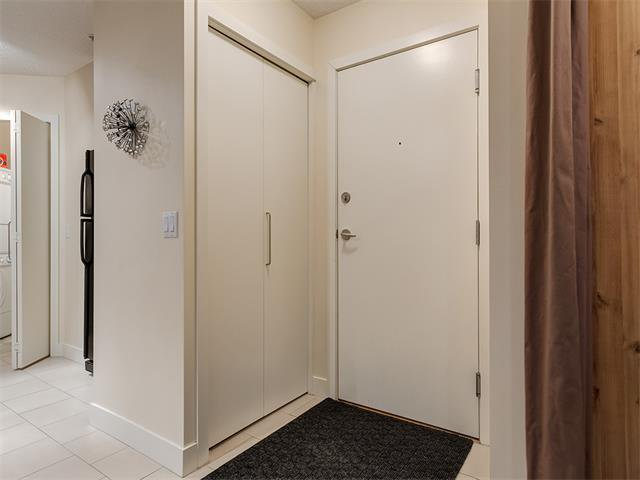 Photo 3: Photos: 224 35 RICHARD Court SW in Calgary: Lincoln Park Condo for sale : MLS®# C4021512
