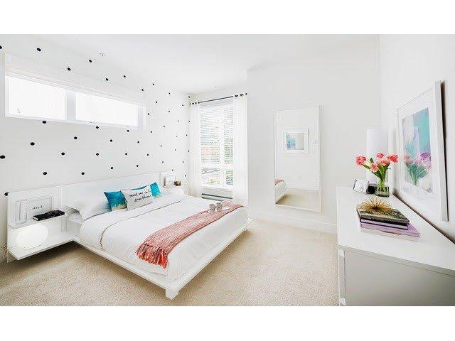 "Photo 14: Photos: 302 15628 104TH Avenue in Surrey: Guildford Condo for sale in ""CHROMA"" (North Surrey)  : MLS®# F1448440"