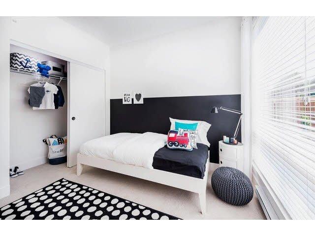 "Photo 11: Photos: 302 15628 104TH Avenue in Surrey: Guildford Condo for sale in ""CHROMA"" (North Surrey)  : MLS®# F1448440"