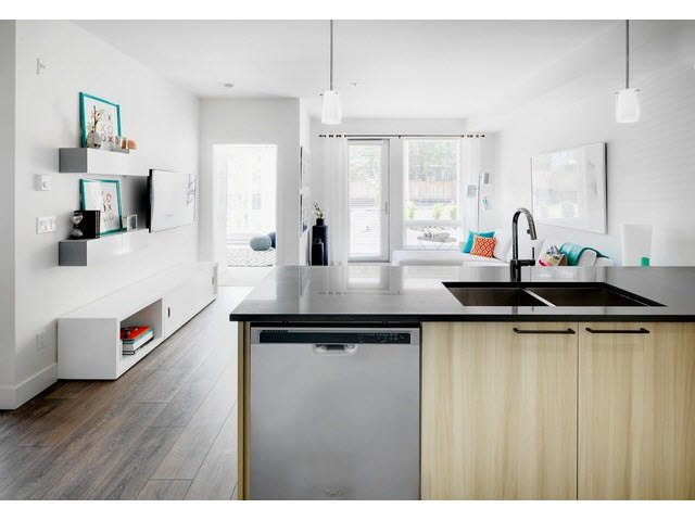 "Photo 6: Photos: 302 15628 104TH Avenue in Surrey: Guildford Condo for sale in ""CHROMA"" (North Surrey)  : MLS®# F1448440"
