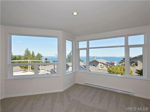 Photo 8: Photos: 1 4771 Cordova Bay Rd in VICTORIA: SE Cordova Bay Row/Townhouse for sale (Saanich East)  : MLS®# 710502