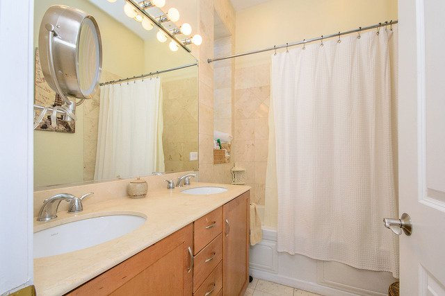 Photo 13: Photos: 2851 Shakespeare Avenue Unit 3 in CHICAGO: CHI - Logan Square Condo, Co-op, Townhome for sale ()  : MLS®# MRD09090303