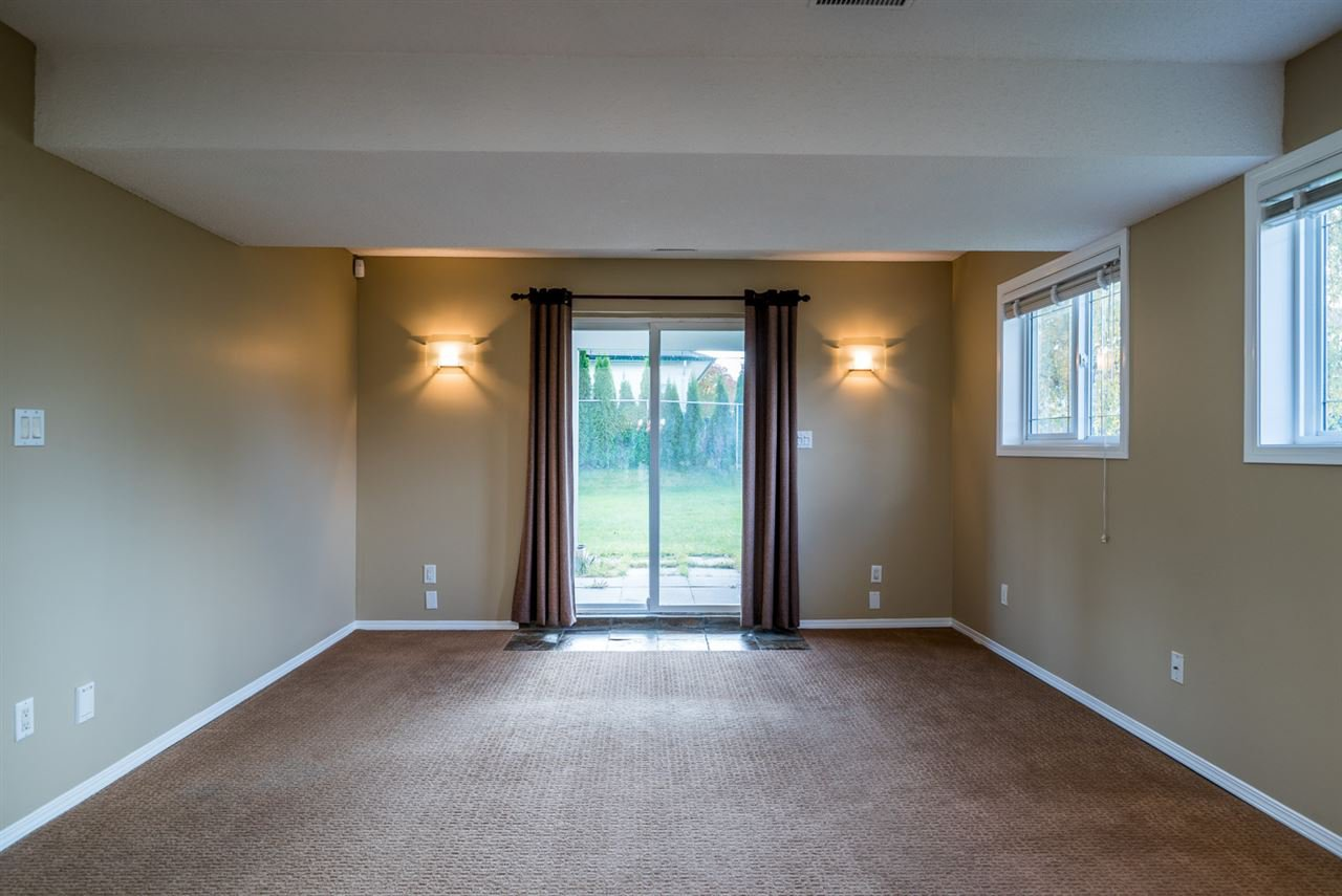 """Photo 12: Photos: 6702 WESTMOUNT Crescent in Prince George: Lafreniere House for sale in """"WESTGATE"""" (PG City South (Zone 74))  : MLS®# R2112583"""