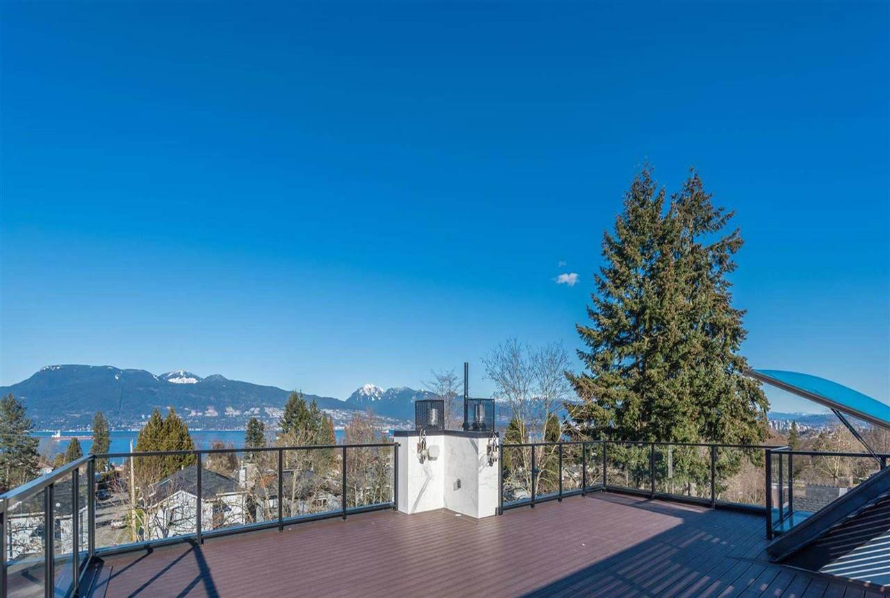 Photo 2: Photos: 4498 W 7TH Avenue in Vancouver: Point Grey House for sale (Vancouver West)  : MLS®# R2155290