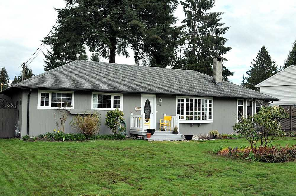 Main Photo: 2562 POPLYNN Drive in North Vancouver: Westlynn House for sale : MLS®# R2156112