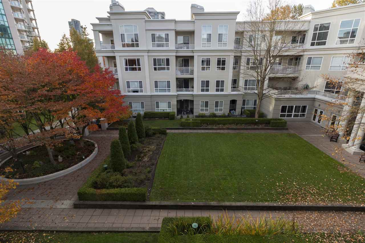 Photo 16: Photos: 321 3098 GUILDFORD WAY in Coquitlam: North Coquitlam Condo for sale : MLS®# R2218366