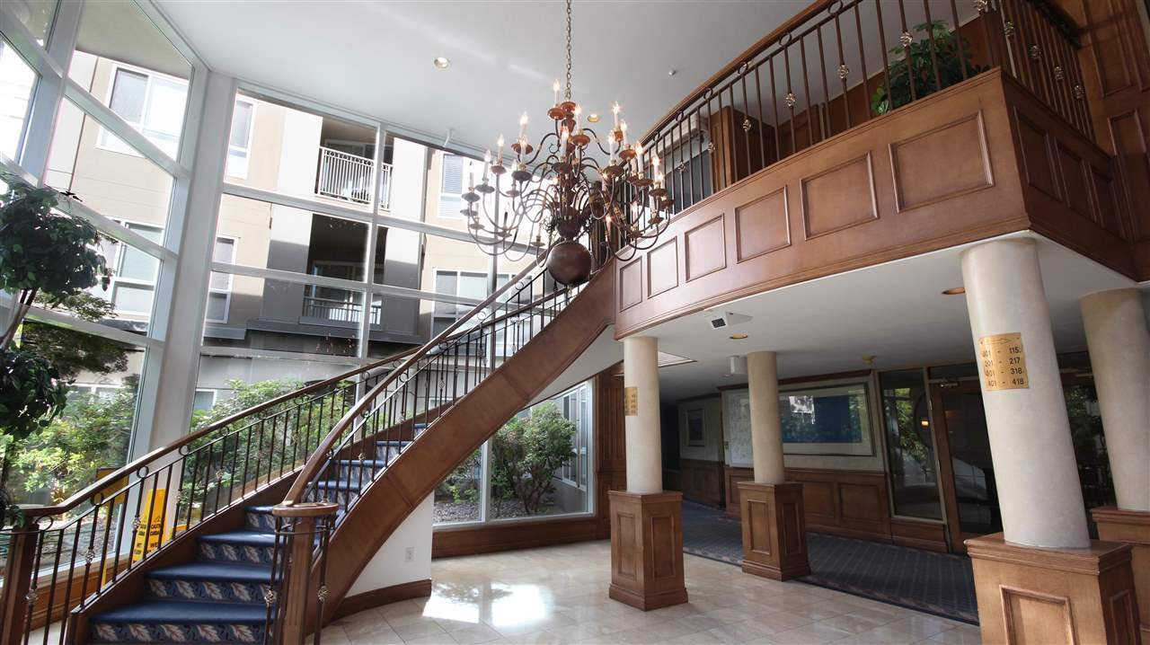 Photo 17: Photos: 321 3098 GUILDFORD WAY in Coquitlam: North Coquitlam Condo for sale : MLS®# R2218366